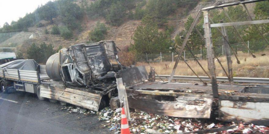 Ankara-istanbul Otobanıında Kaza: 4 Ölü, 1 Yaralı