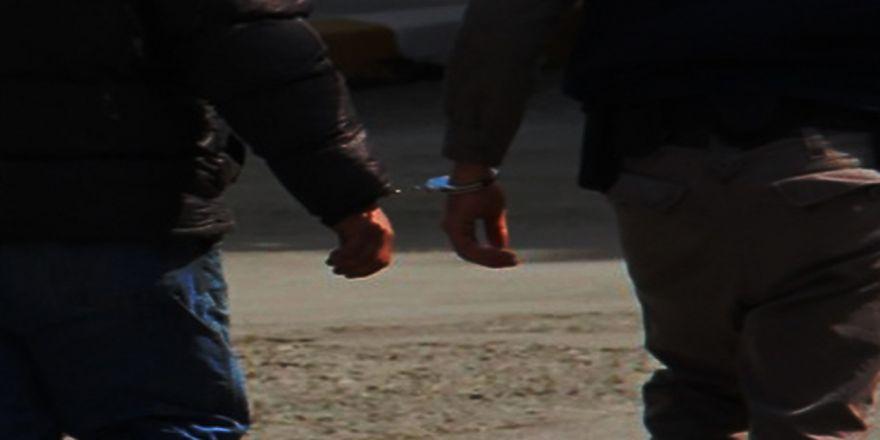Pkk'nın Gençlik Yapılanmasına Operasyon: 5 Tutuklama