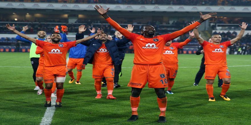 Galatasaray'a İkinci Kez Hat-trick Yaptı