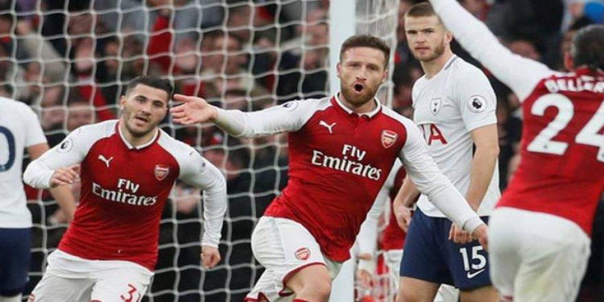 Derbinin galibi Arsenal