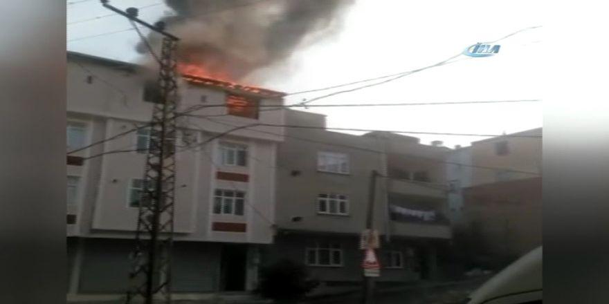 Korkutan Yangın: Tüp De Patladı !
