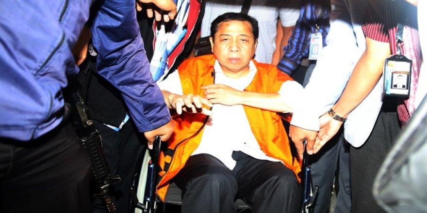 Endonezya'da meclis başkanı yolsuzluktan gözaltında