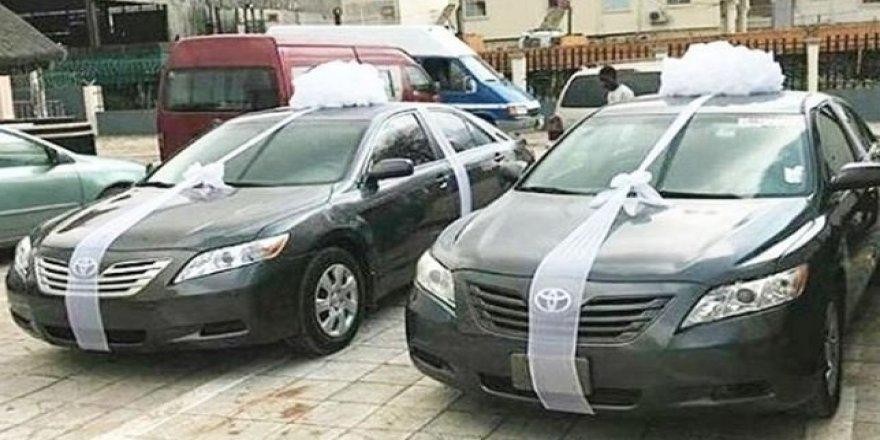 Düğünde davetlilere otomobil verdiler