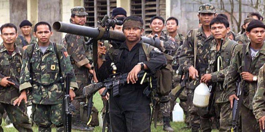 Filipinler'de Ebu Seyyaf rehineleri serbest kaldı
