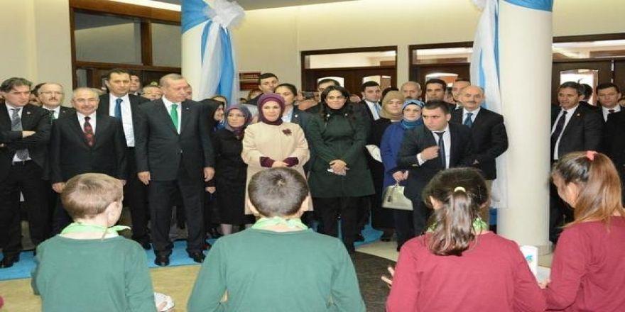 """""""Yılın Öğretmeni"""" Ödülünü Cumhurbaşkanı Erdoğan'dan Alacak"""