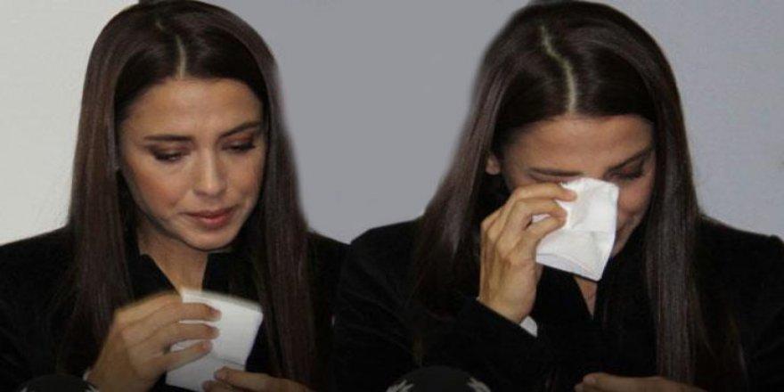 Köpekleri katledilen Tanem Sivar gözyaşlarını tutamadı