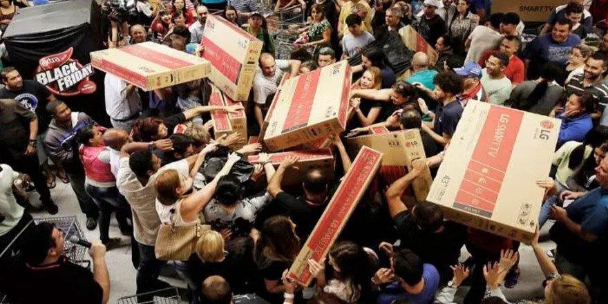 'Black Friday' Alışverişleri Başladı