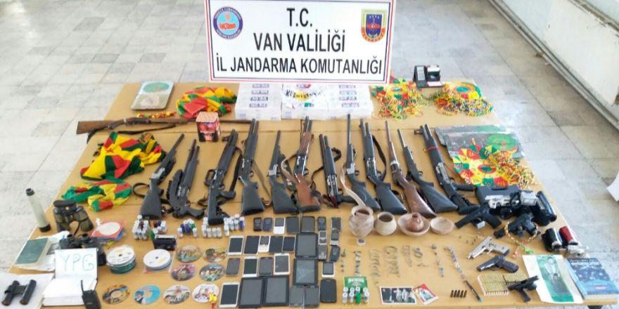 31 Kişiye Terörden Gözaltı