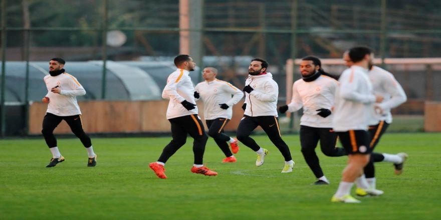 Galatasaray'da, Aytemiz Alanyaspor Mesaisi Sürdü