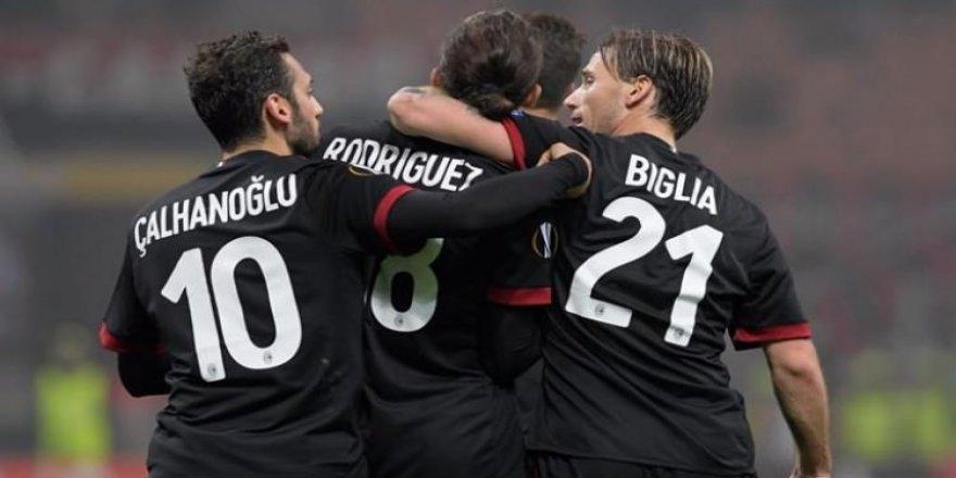 Milan gol oldu yağdı!