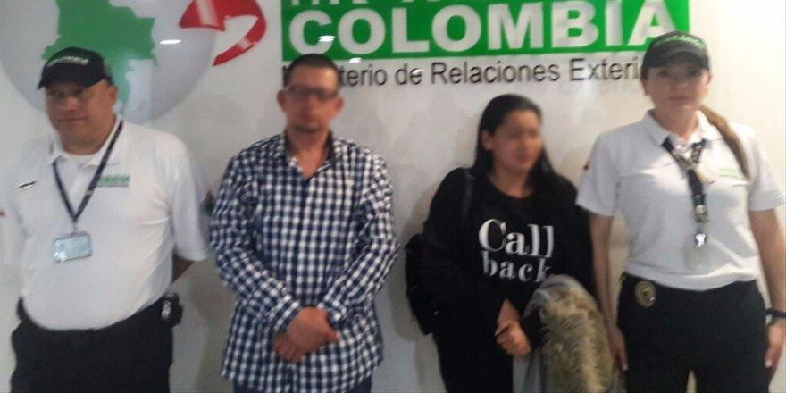 Kolombiya'da 3 kişi 640 bin dolarla yakalandı