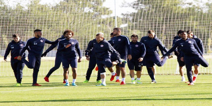 Antalyaspor'da Fenerbahçe Maçı Öncesi 7 Eksik