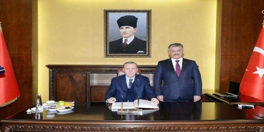 Cumhurbaşkanı Erdoğan, Balıkesir Valiliğini Ziyaret Etti