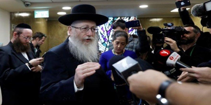 İsrail'deki 'Şabat Krizi' istifa getirdi