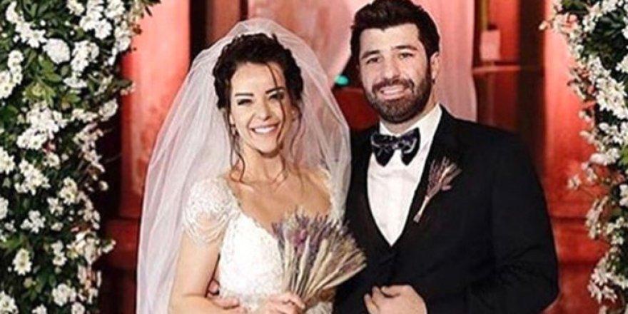 Nursel Ergin ile Murat Akyer evlendi