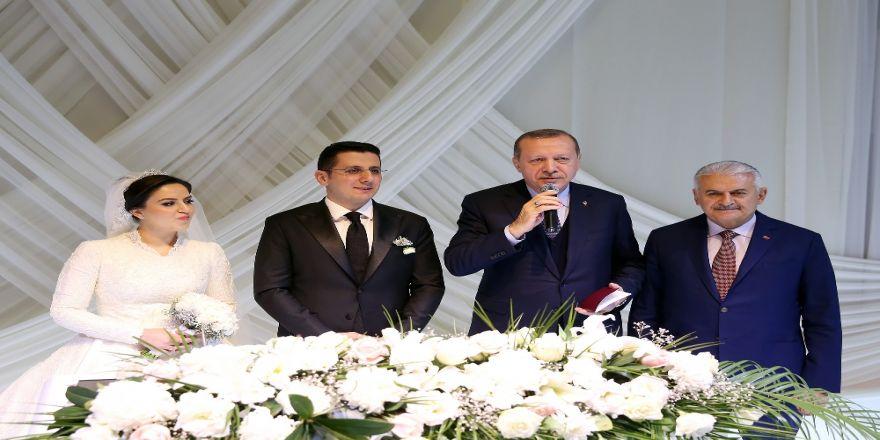 Erdoğan Ve Yıldırım Nikah Törenine Katıldı