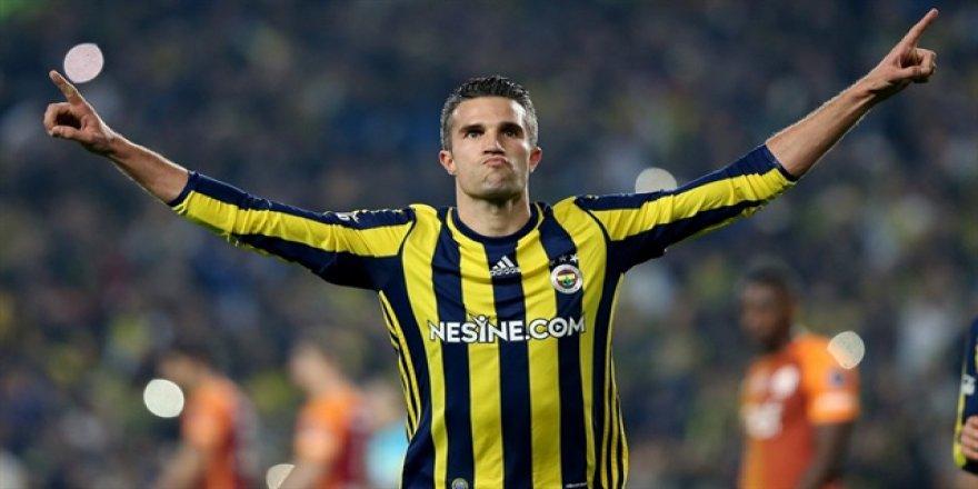 Fenerbahçe'de Van Persie ilk 11'e dönüyor