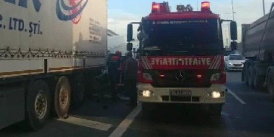 İstanbul-Ankara yolu trafiğe kapandı!