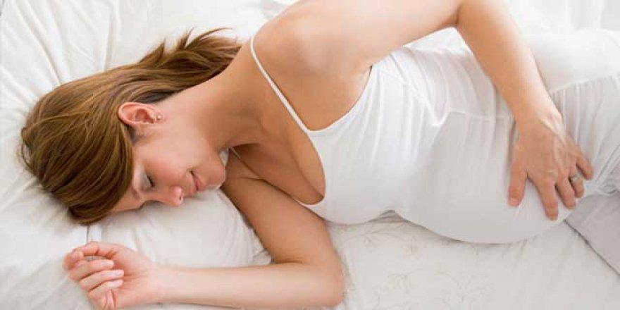 Gözünü uyku girmeyen hamilelere öneriler