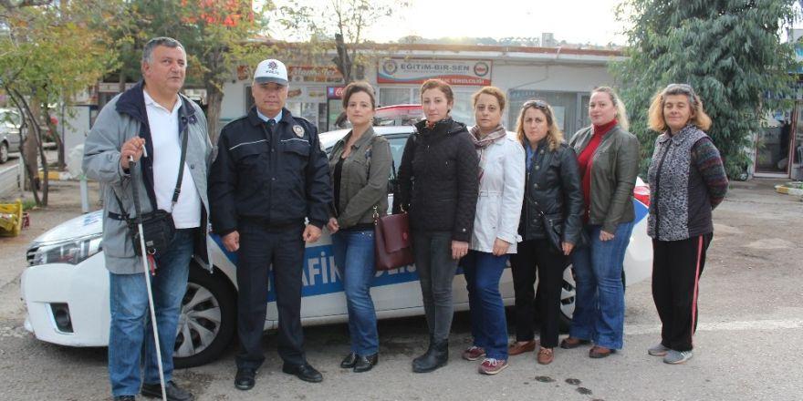 Okul Aile Birliği Servis Araçlarını Denetledi