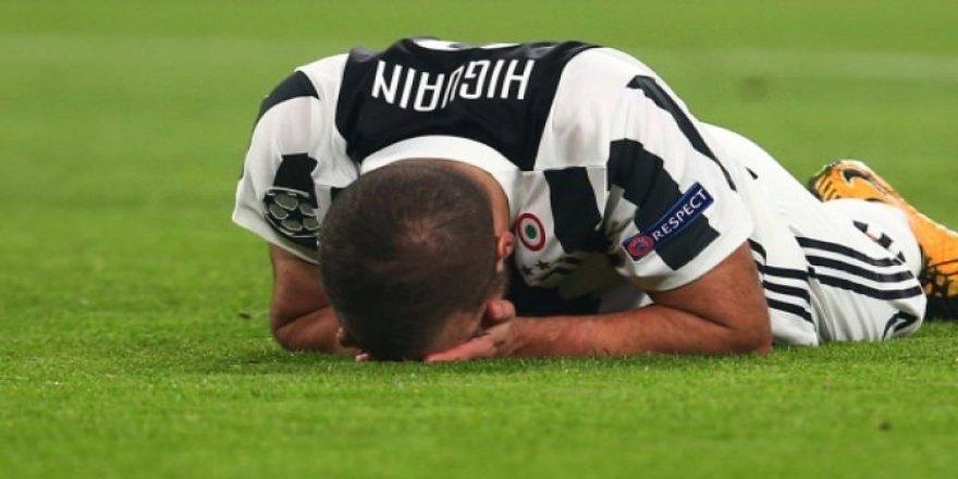 Juventus'ta Higuain şoku!
