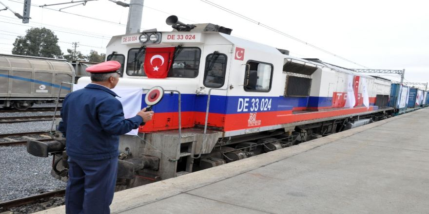 Türkiye'den İlk Tren Yola Çıktı
