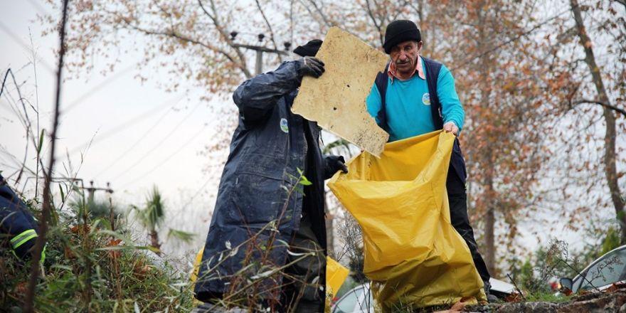 Saski Ekipleri İstanbuldere'de Temizlik Çalışması Gerçekleştirdi