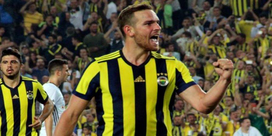 Fenerbahçe'de Vincent Janssen isyan etti