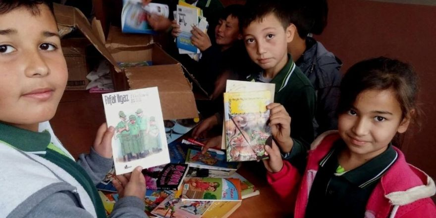 Pikamp'tan Tarsus'a Kitap Yardımı