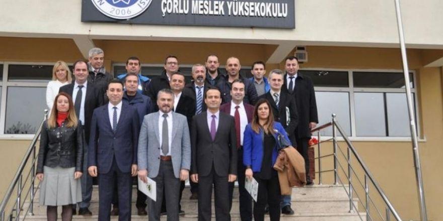 Çorlu Meslek Yüksekokulu İle 14 Yetkili Servis Arasında İşbirliği Protokolü İmzalandı