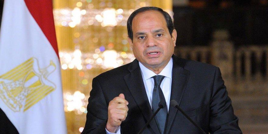 Mısır'da Sisi'ye rakip geldi