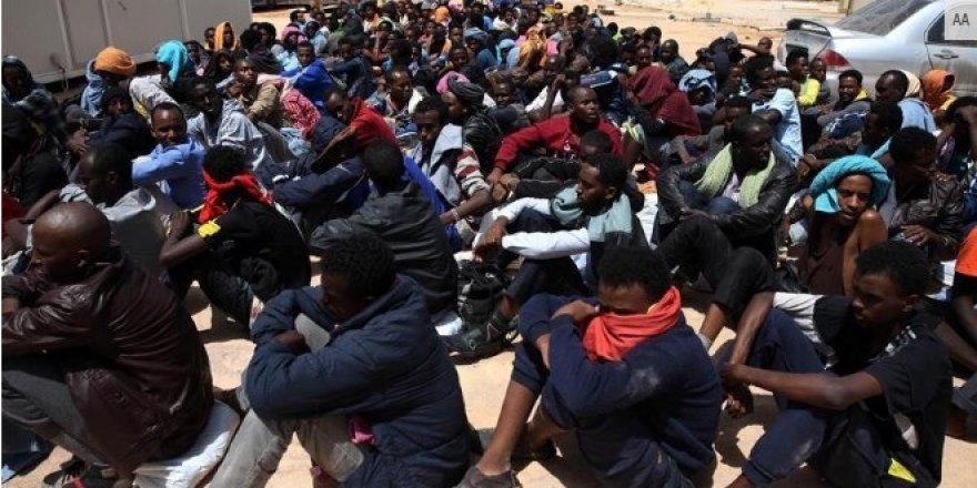 AB, Libya'daki köle ticaretine sessiz
