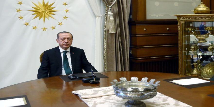 Erdoğan'ın Ak Partili vekillerle yaptığı toplantı sona erdi
