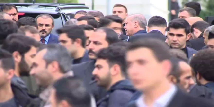 Erdoğan cuma namazını Yıldız Hamidiye Cami'nde kıldı