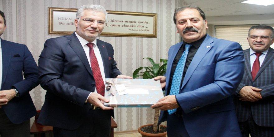 Kocaeli Erzurum Dernekleri Federasyonun'dan Özak'a ziyaret