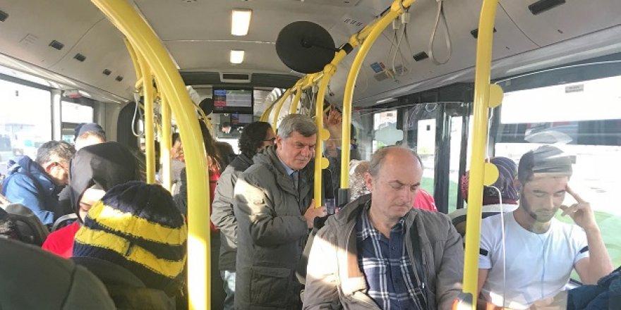 Karaosmanoğlu belediye otobüsünde
