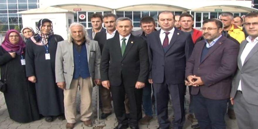 AK Partili vekiller TUSKON davasını yakından takip etti