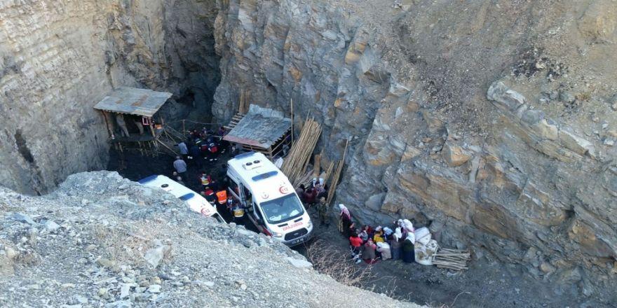 Kuyuya düşen işçilerden birinin cansız bedenine ulaşıldı