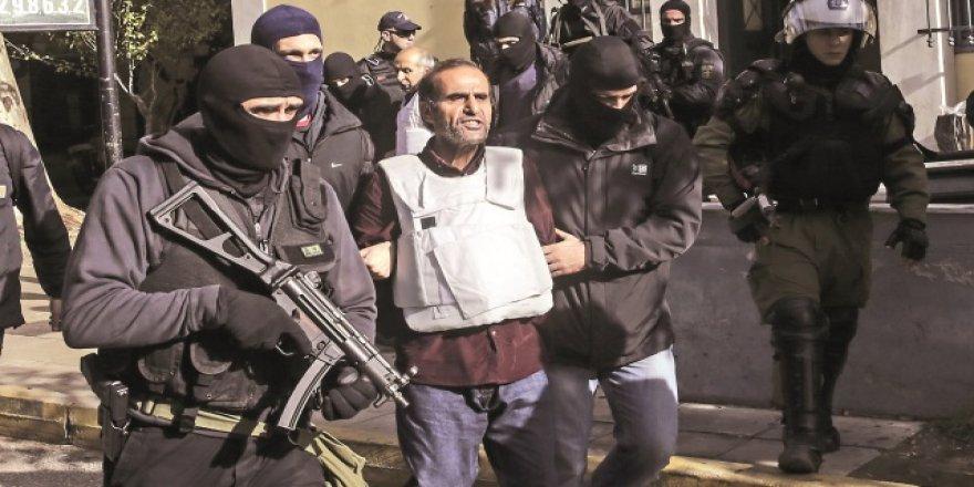 Yunanistan 9 teröristi tutukladı