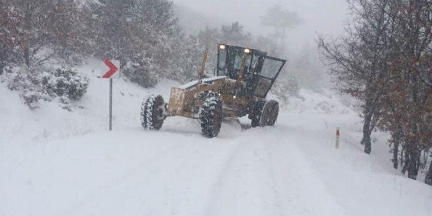 Köy yolları kapandı