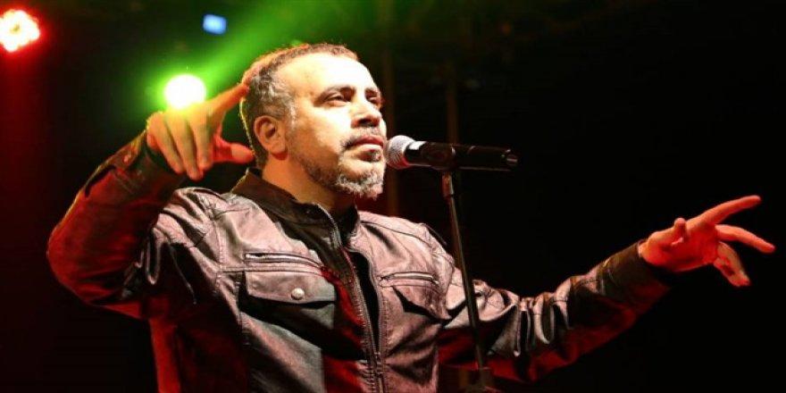 Haluk Levent konser gelirini 2 aileye bağışladı