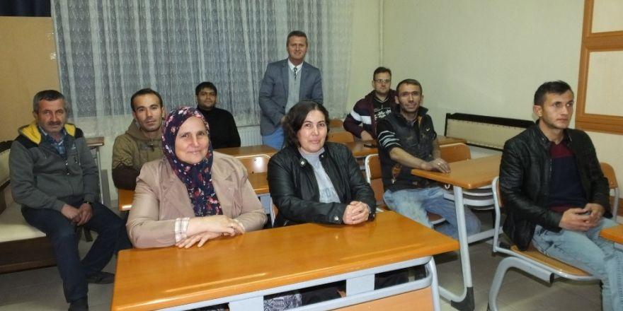 Burhaniye'de kalorifer ateşçiliği kursu açıldı