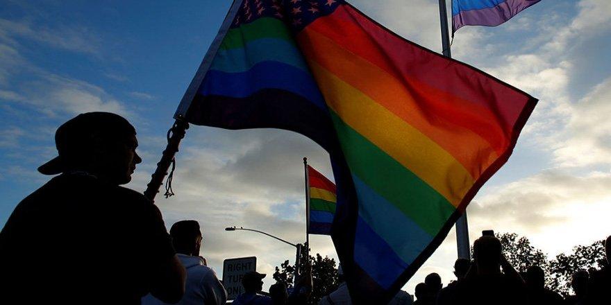 Eşcinsel evlilik yasallaştı