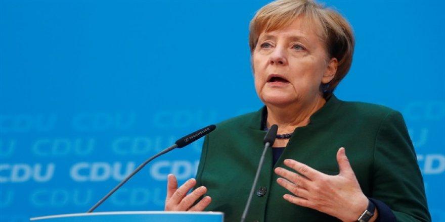 'Almanya'nın geleceği Avrupa'nın geleceğine bağlı'