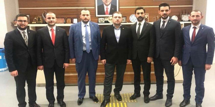 Gebze'de AK Gençler'in başkanı atandı