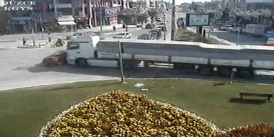 Düzce'de trafik kazaları kamerada