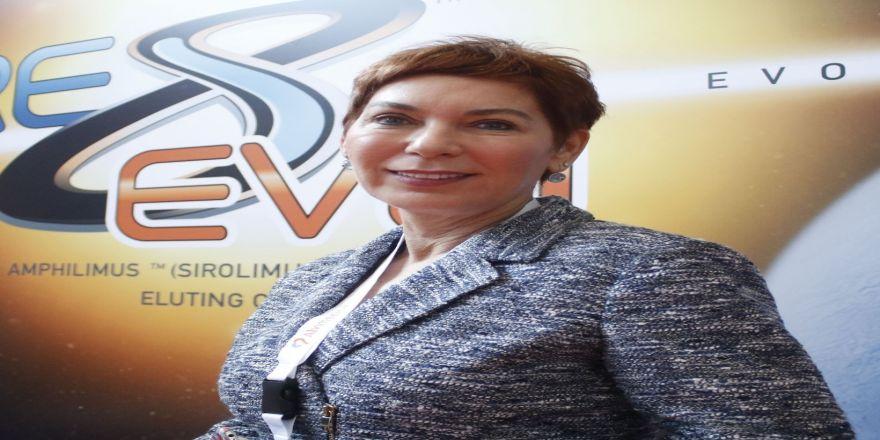 """Ünlü iş kadınından  """"FETÖ"""" iddiası"""