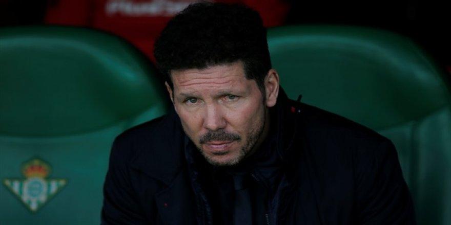 Simeone: Griezmann'ın transferine engel olmayacağım