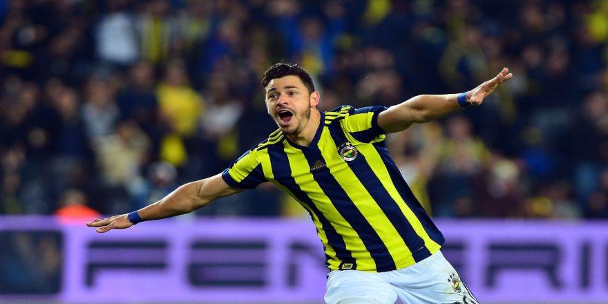 Giuliano geçen sezonu 14 maçta yakaladı