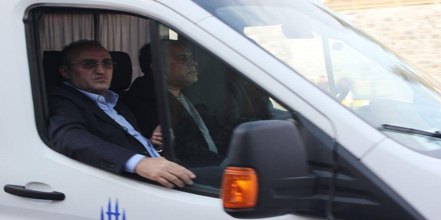 Mesut Yılmaz'ın oğlunun cenazesi Adli Tıp morguna getirildi